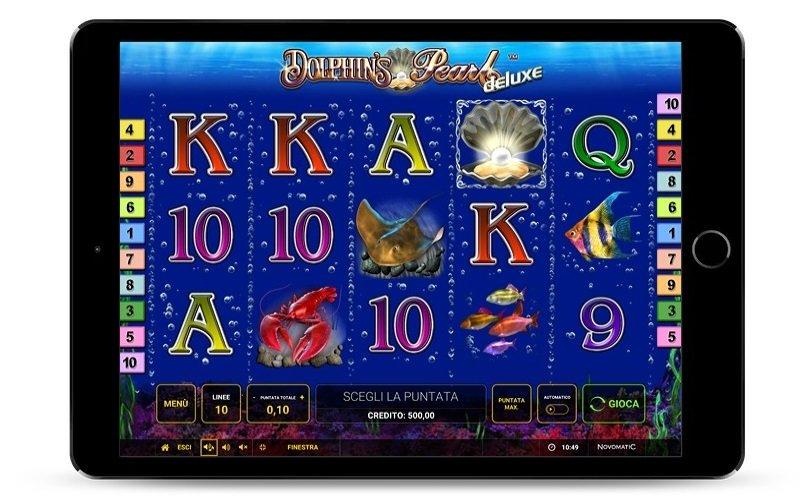 Una schermata di gioco che rappresenta i simboli del gioco Dolphin's Pearl Deluxe.